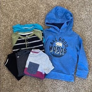 old navy sweatshirt/tee shirt bundle